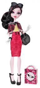 Кукла Дракулаура (Draculaura) с коллекцией обуви, MONSTER HIGH